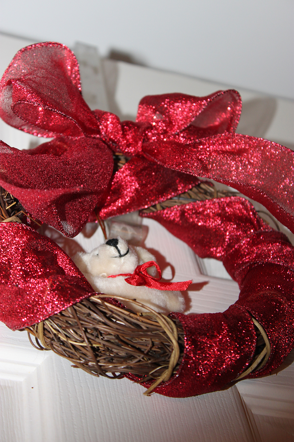 quick-and-easy-christmas-wreath-finsihed-1