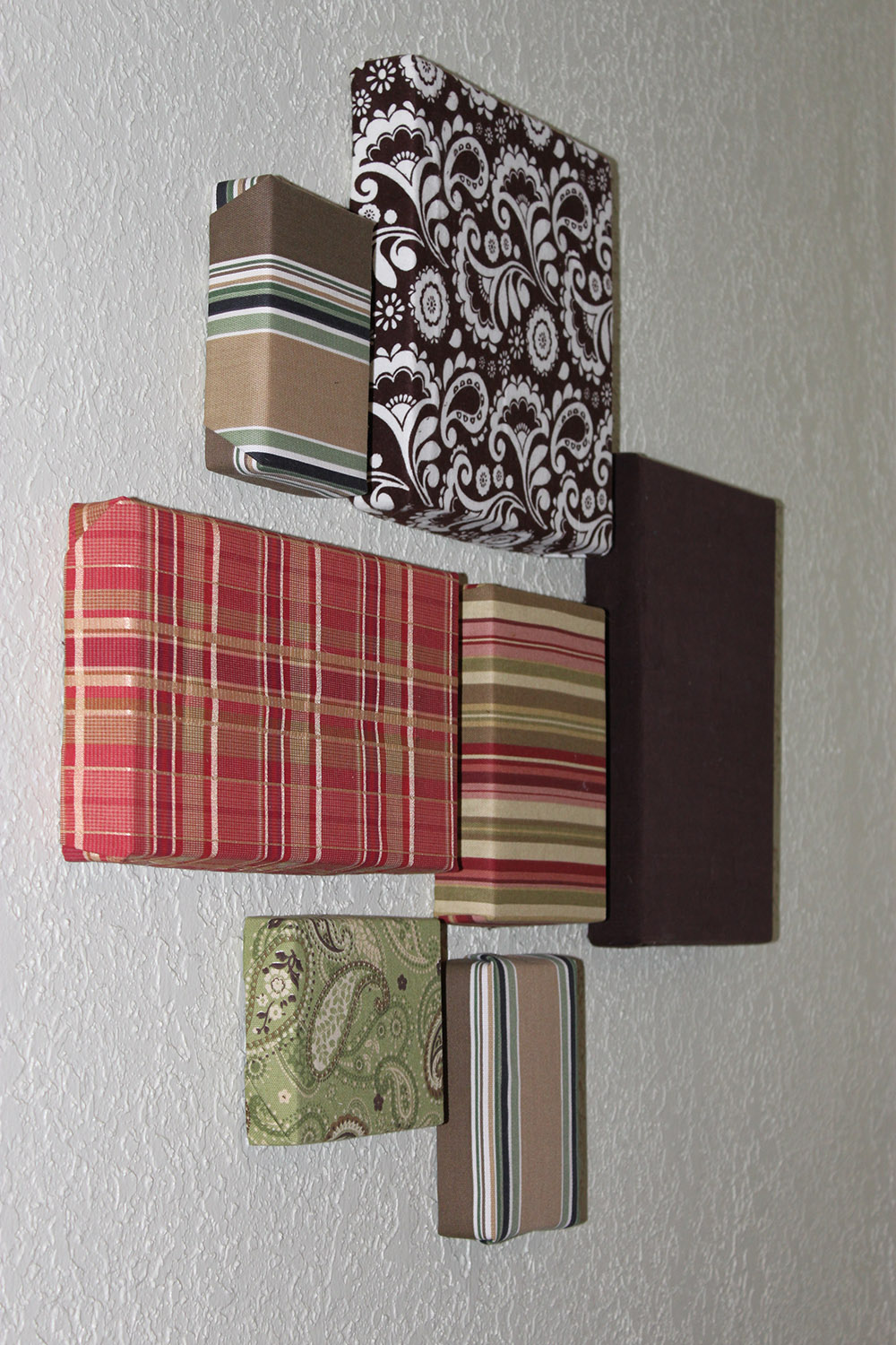 Easy wall art on the cheap with fabric scraps and Simple wall art