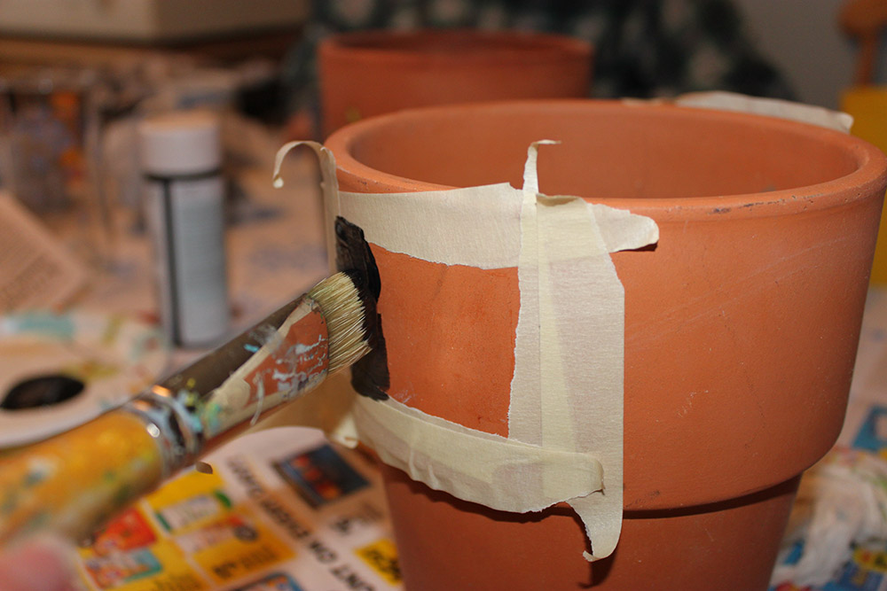 Old Terracotta Pots Transformed With Chalkboard Paint