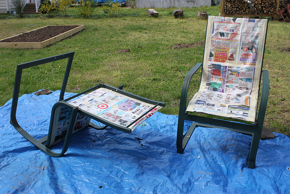 Merveilleux Revive Old Word Outdoor Deck Furniture With Spray Paint