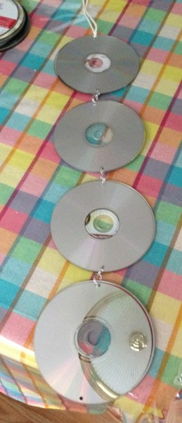 Reusing old CDs How to keep birds out of the garden 1 More