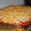 Garden Tomato topped macaroni & cheese with panko bread crumbs
