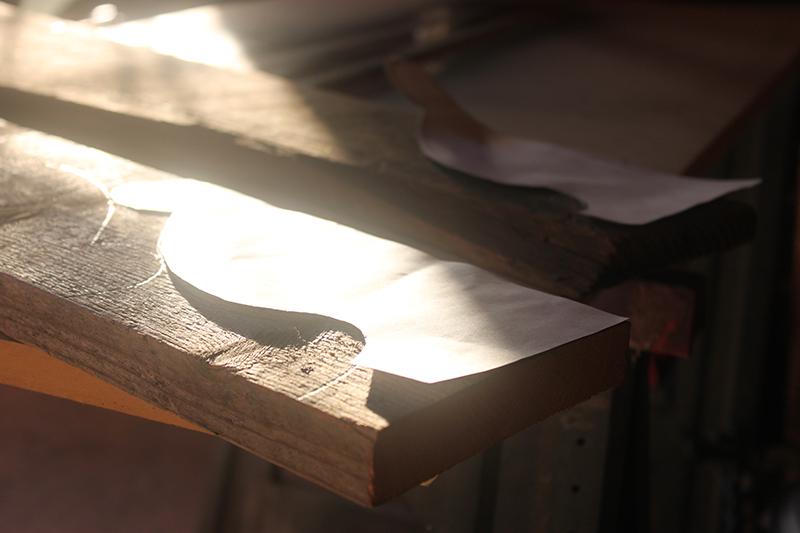 DIY_WOOD_PROJECTS_easy_diy_shelf_brackets_wooden_shlef_corbels